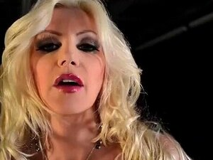 Brittany Andrews - Porno @ TeatroPorno.com