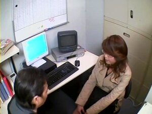 Dulce japonesa follada en voyeur fuck