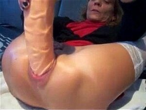 TA sexy piercings - abuelita perforada enorme