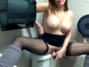 Sexo amateur en toilette