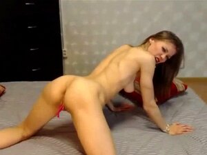 Magra Muscular Cam Chica Flexiona Sus