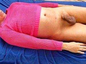 culo rosa chico polla airbed azul balcón