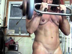 Desnudo Culturista Femenino Beso Mis