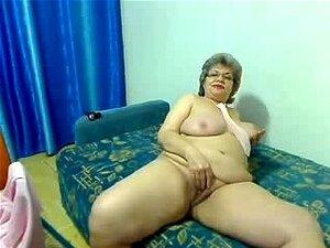 Desnudas cam delantera abuela