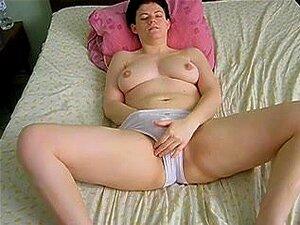 Chica francesa tetona masturbando, mi novia con