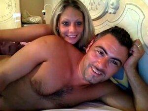 Rubia y su pareja follando por Webcam, esta rubia