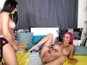 Lesbianas divertirse cámaras en vivo